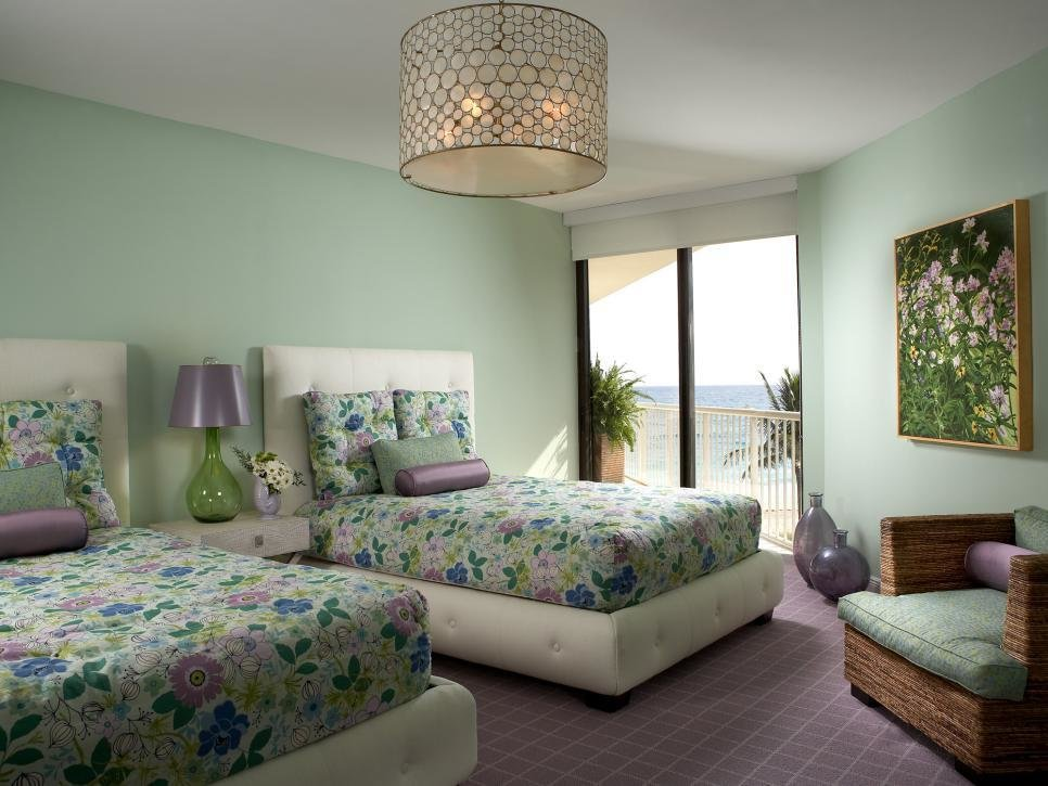 Best Colorful And Vibrant Bedroom Linens Hgtv With Pictures