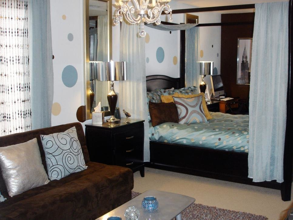 Best Sophisticated T**N Bedrooms Hgtv With Pictures