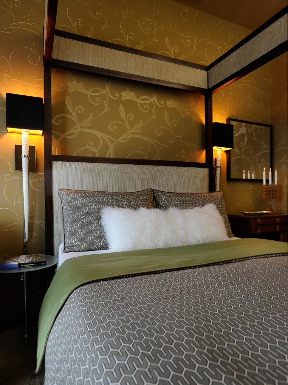 Best Hgtv Urban Oasis 2011 Master Bedroom Pictures Hgtv With Pictures