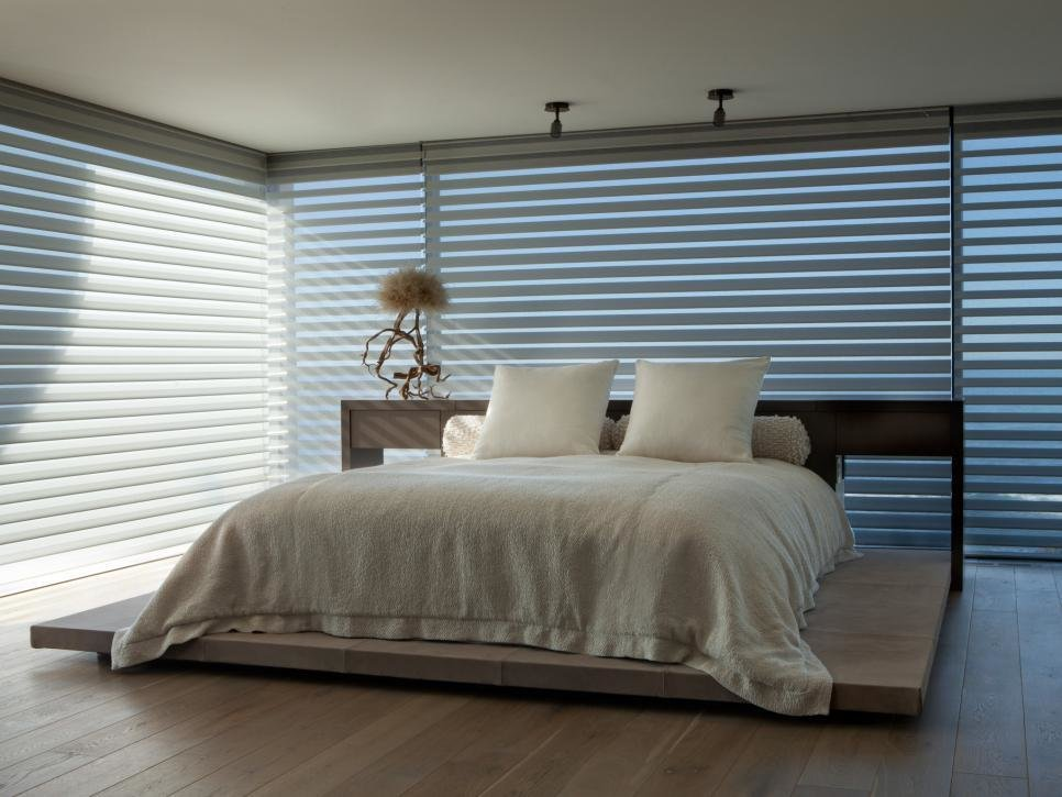 Best 20 Dreamy Window Treatments For The Bedroom Hgtv With Pictures
