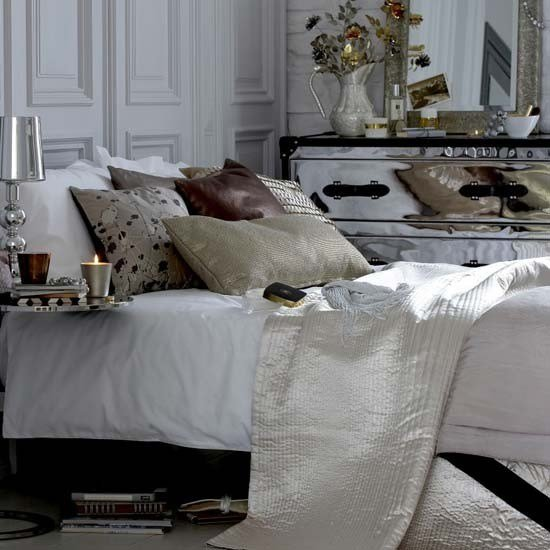 Best Glamorous Bedroom Sparkling Accessories Bedroom With Pictures