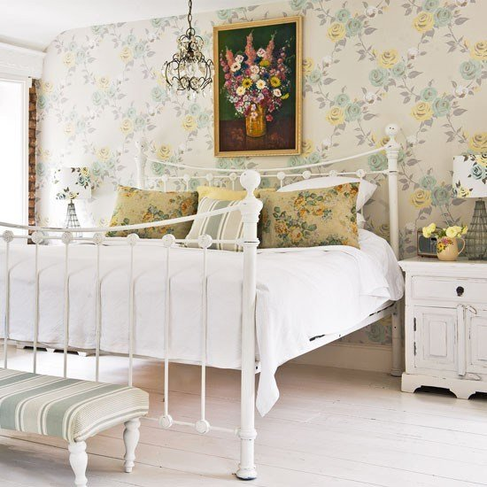 Best Cottages Style Beds Rooms Cottages Bedrooms Antiques With Pictures