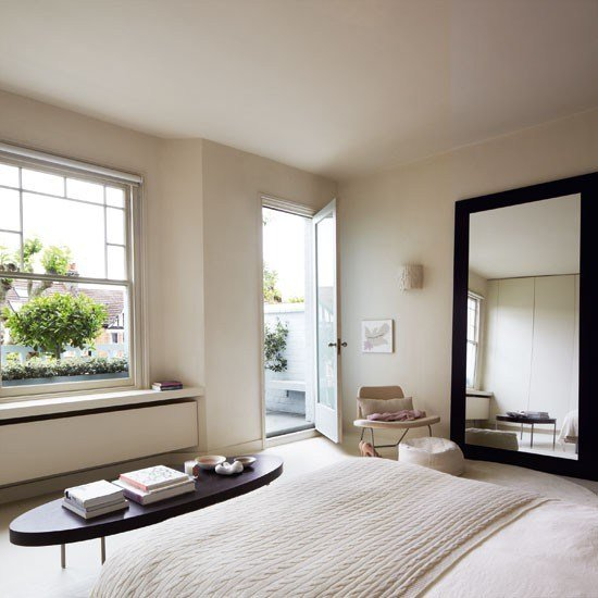 Best Master Bedroom Step Inside A Calm Edwardian Terraced Home In North London Housetohome Co Uk With Pictures