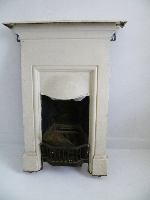 Best 559 Victorian Painted Cast Iron Bedroom Fireplace Lot 559 With Pictures