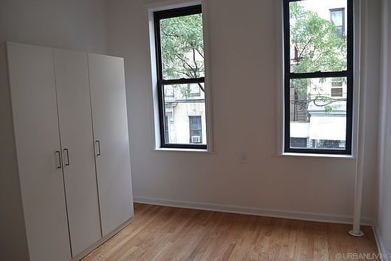 Best 2 Bedroom Furnished Rental Cambreleng Avenue New York Bronx With Pictures