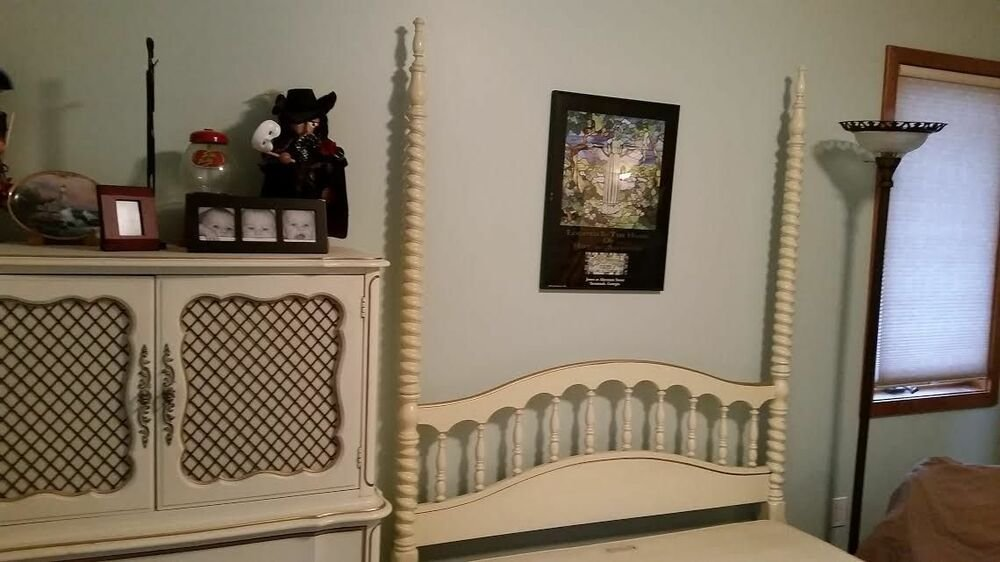 Best Vintage Dixie French Provincial Bedroom Set Off White With Pictures