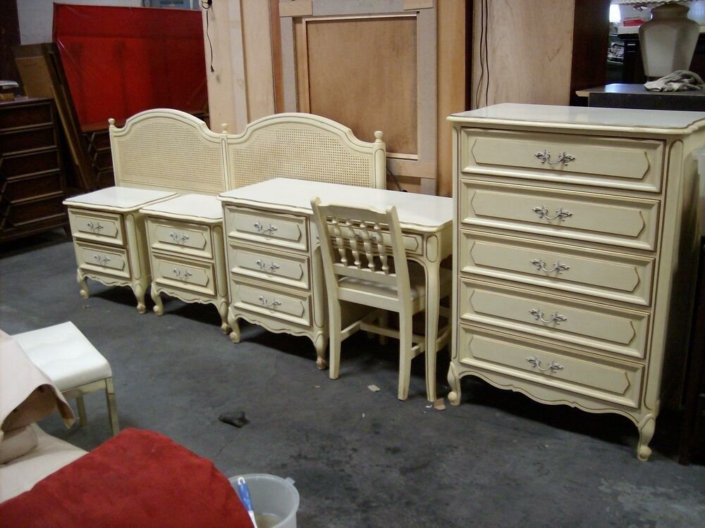 Best Vintage Henry Link French Provincial Bedroom Furniture With Pictures