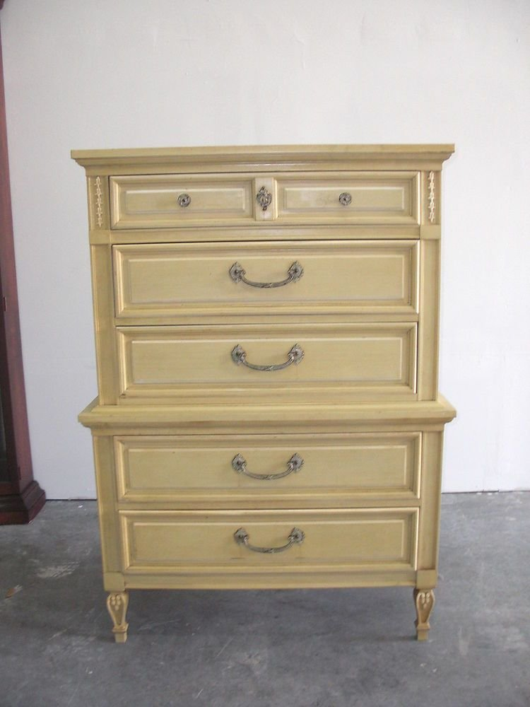 Best Vintage Dixie Furniture Co French Provincial Chest On With Pictures