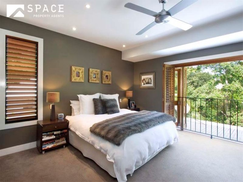 Best Modern Bedroom Design Idea With Floorboards Balcony With Pictures