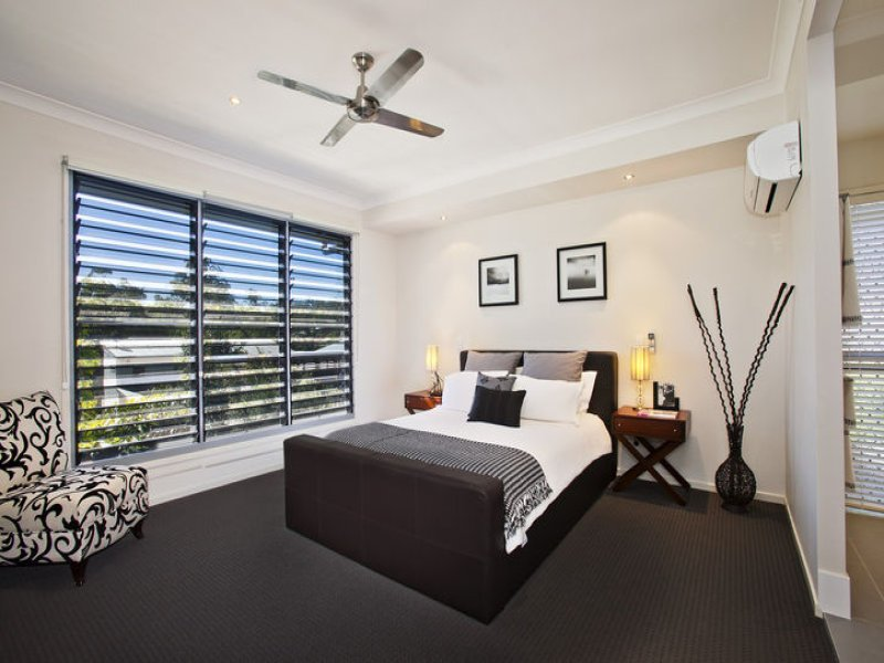 Best Modern Bedroom Design Idea With Carpet Louvre Windows Using Black Colours Bedroom Photo 1484613 With Pictures