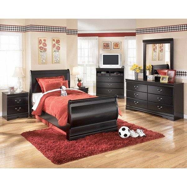 Best Huey Vineyard Bedroom Set Clearance Sale Save With Pictures