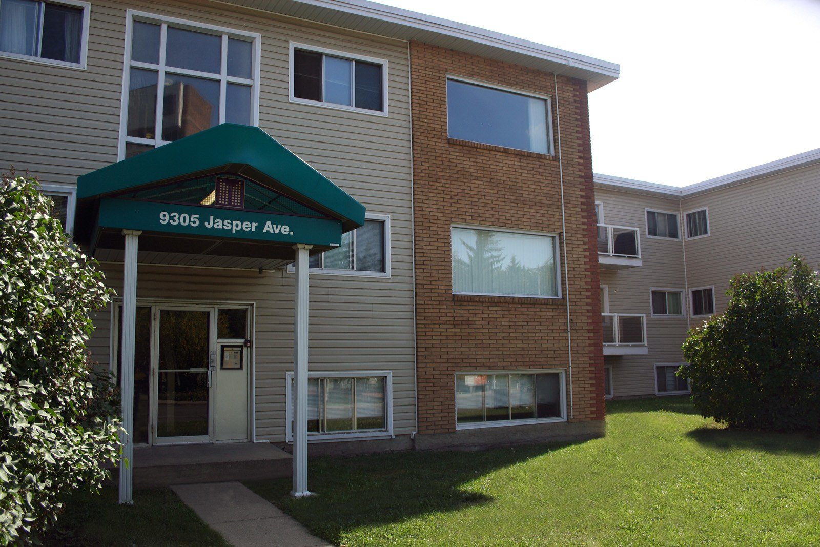 Best Edmonton Downtown 2 Bedrooms Apartment For Rent Ad Id With Pictures