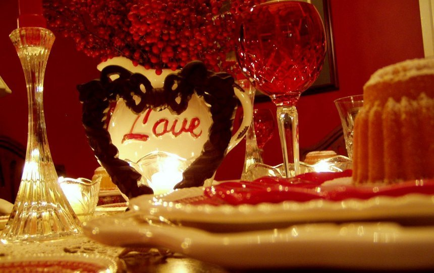 Best Rose Petals And Candles In Room Laurel Wolf Explains With Pictures