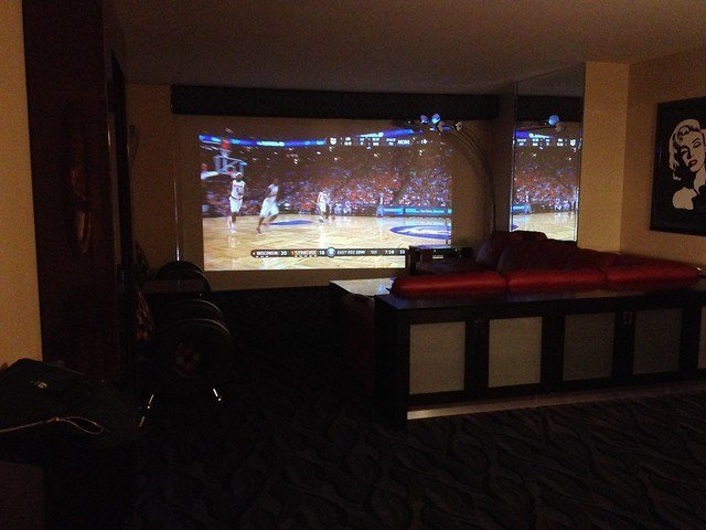 Best Elara 1 Bedroom Suite Projection Tv In The Suite Very With Pictures