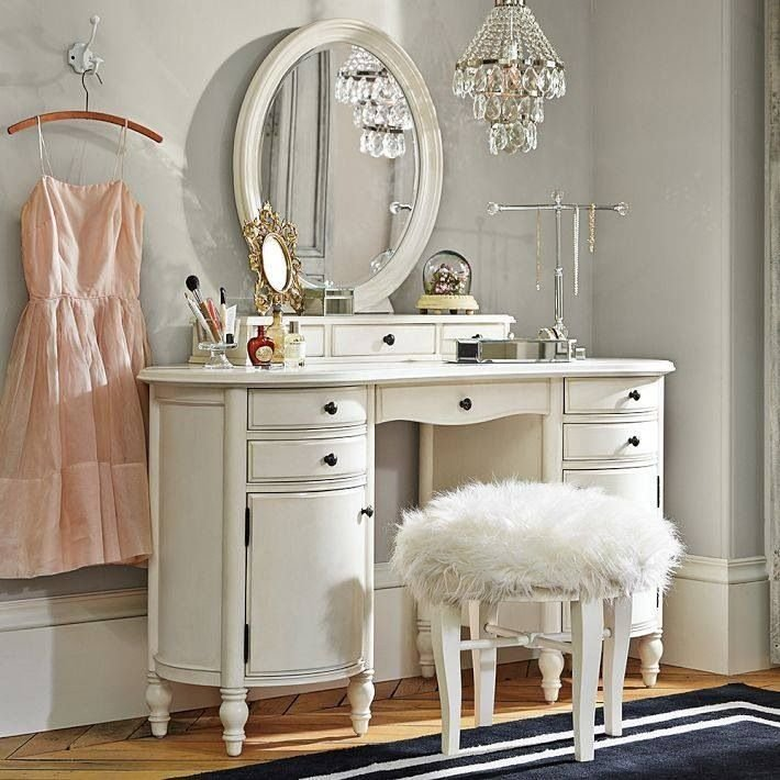 Best 12 Glamorous White Mirrored Bedroom Vanities Makeup Tables With Pictures
