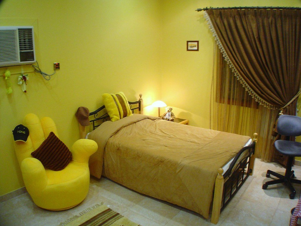 Best Yellow Themed Rooms With Pictures