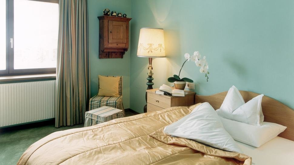 Best Top 10 Photo Of Seafoam Bedroom Patricia Woodard With Pictures