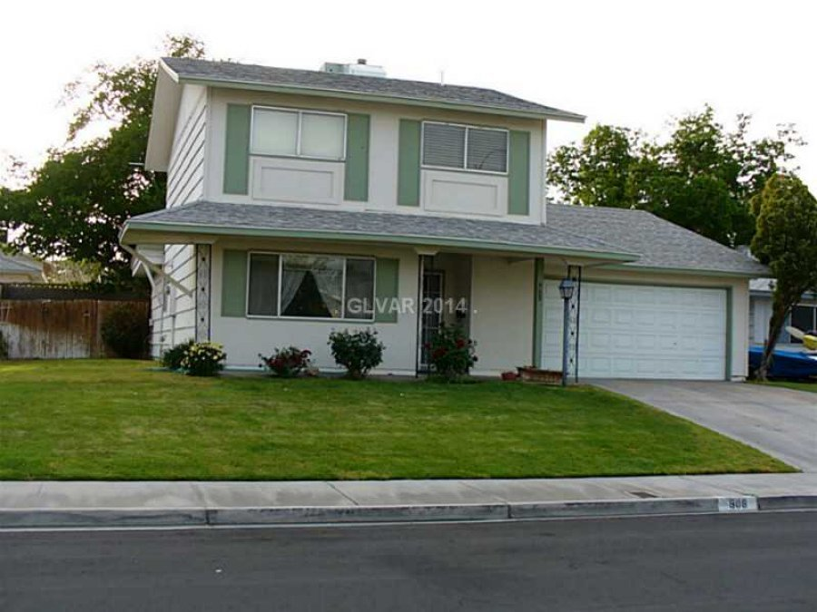 Best Nicely Landscaped 1900 Square Feet 4 Bedrooms 2 Baths With Pictures