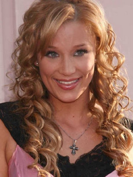Free Different Curly Hairstyles For Long Hair Wallpaper