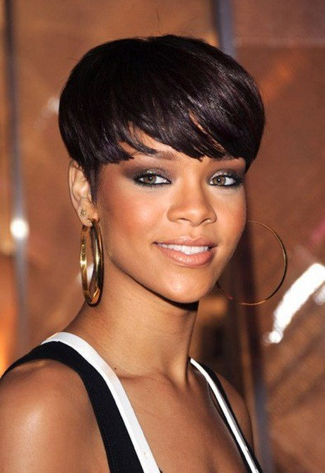 Free Short Hair Styles For Black Women Over 40 Wallpaper