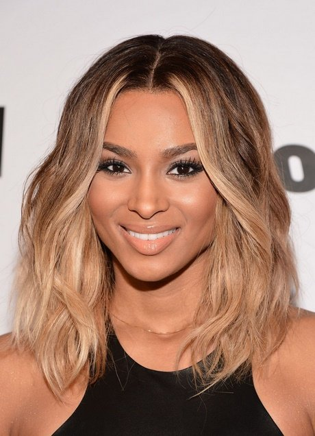 Free Celebrity Shoulder Length Hairstyles Wallpaper