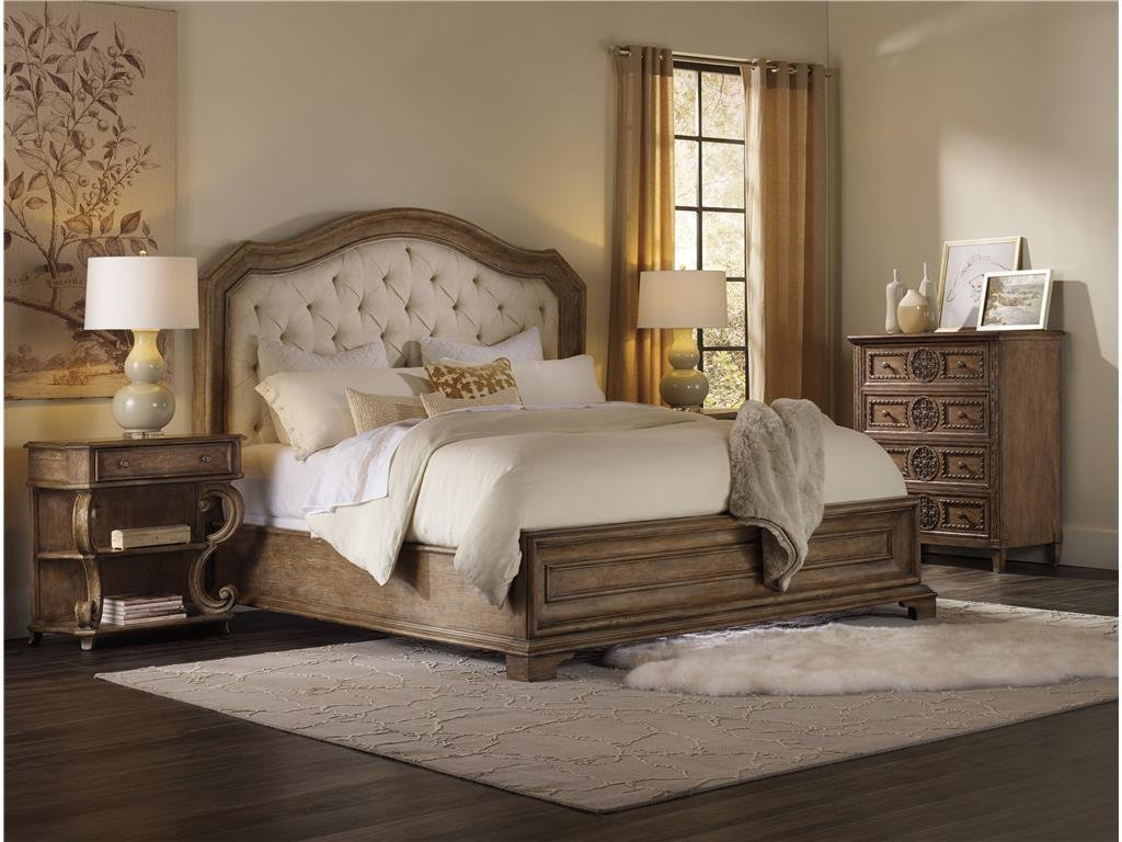 Best H**K*R Furniture Bedroom Solana King Upholstered Panel Bed With Pictures