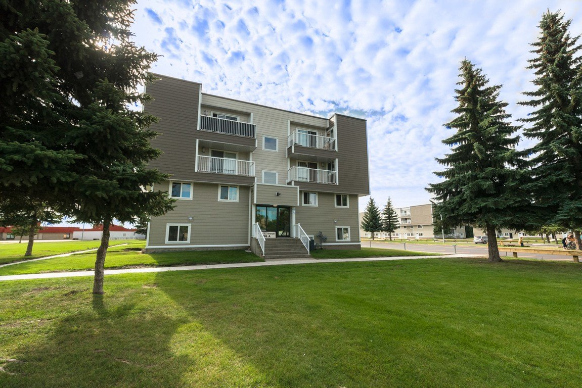 Best 3 Bedrooms Edmonton North West Townhouse For Rent Ad Id With Pictures