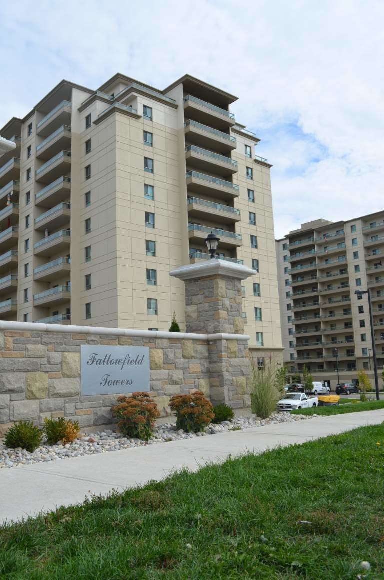 Best Kitchener West 2 Bedrooms Apartment For Rent Ad Id Dhi With Pictures