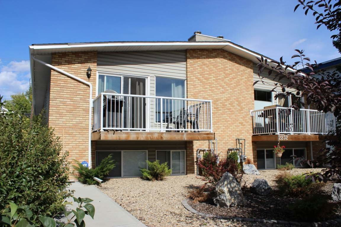 Best 2 Bedrooms Calgary Downtown Duplex For Rent Ad Id Eml With Pictures