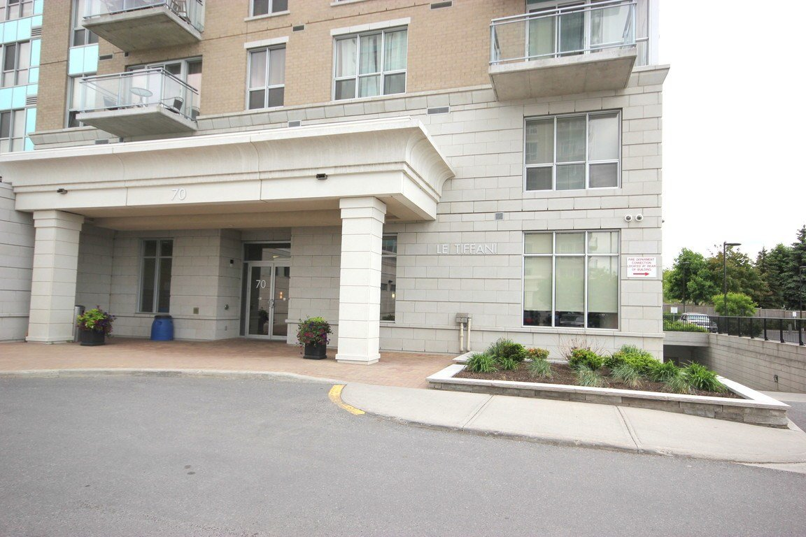 Best Ottawa Downtown 2 Bedrooms Apartment For Rent Ad Id Loc With Pictures