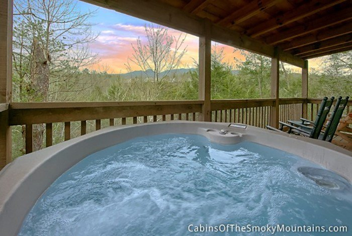 Best Gatlinburg Cabin Pools Rush Inn 1 Bedroom Sleeps 4 Jacuzzi Swimming Pool Access With Pictures