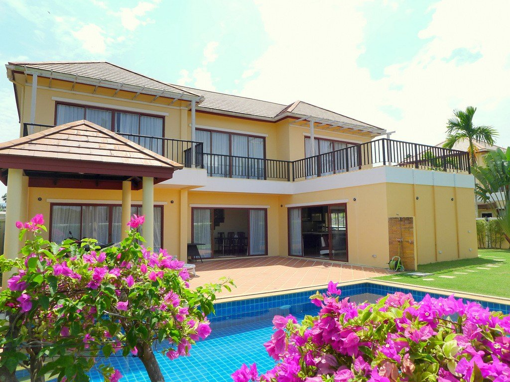Best 3 Bedroom Private Pool Villa For Rent In Layan Beach Phuket Aqua Property Group With Pictures