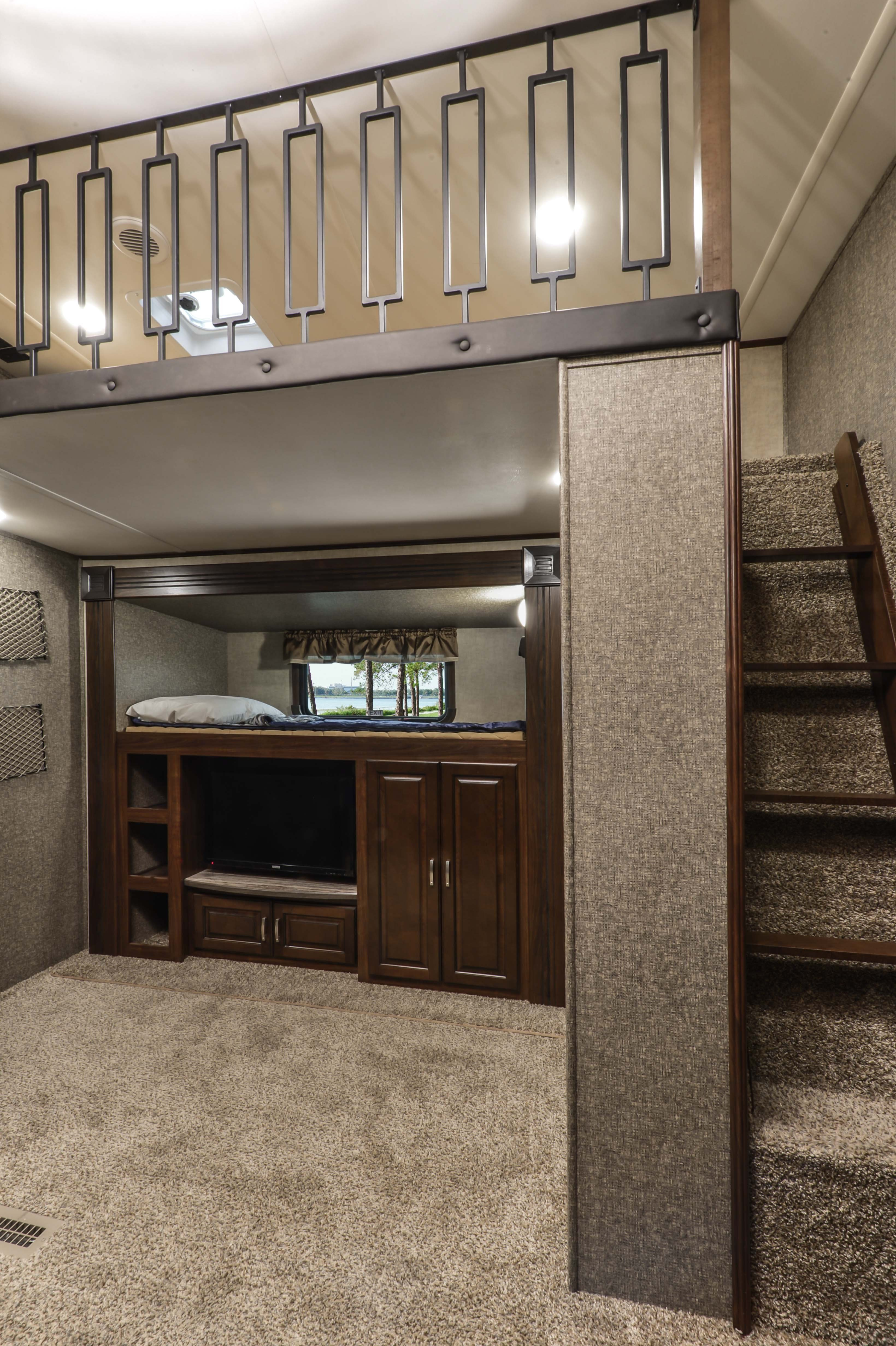 Best Two Bedroom Fifth Wheel Buyloxitane Com With Pictures
