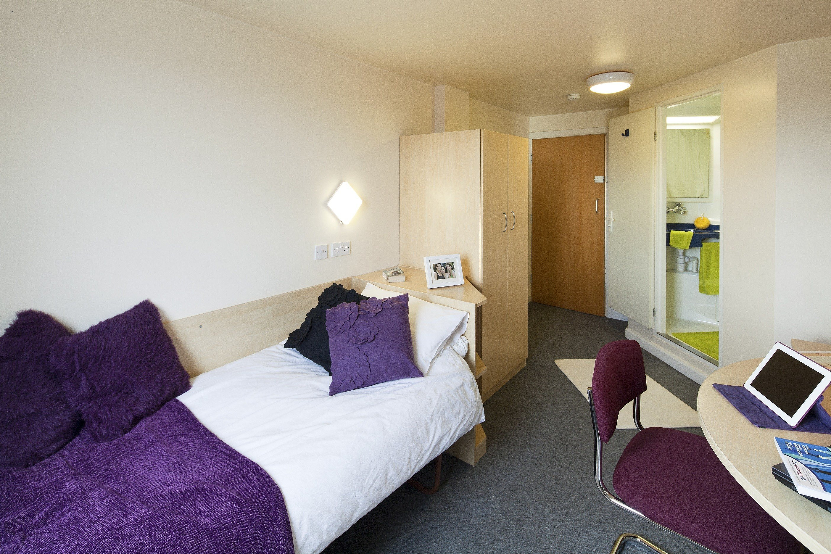 Best Leeds Accommodation With Pictures