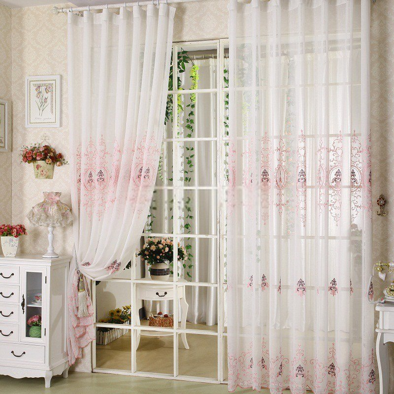 Best Vintage Sheer Curtains For Romantic Bedroom Design With Pictures