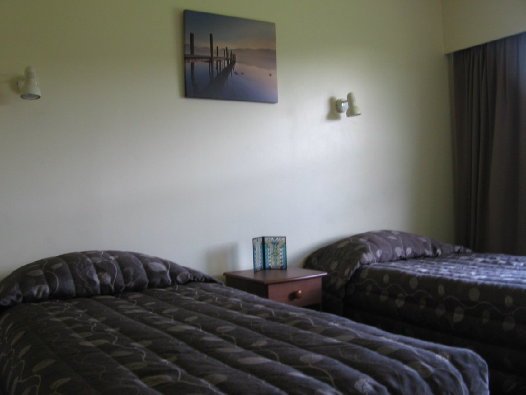 Best Classic Motel Hamilton Accommodation Two Bedroom With Pictures