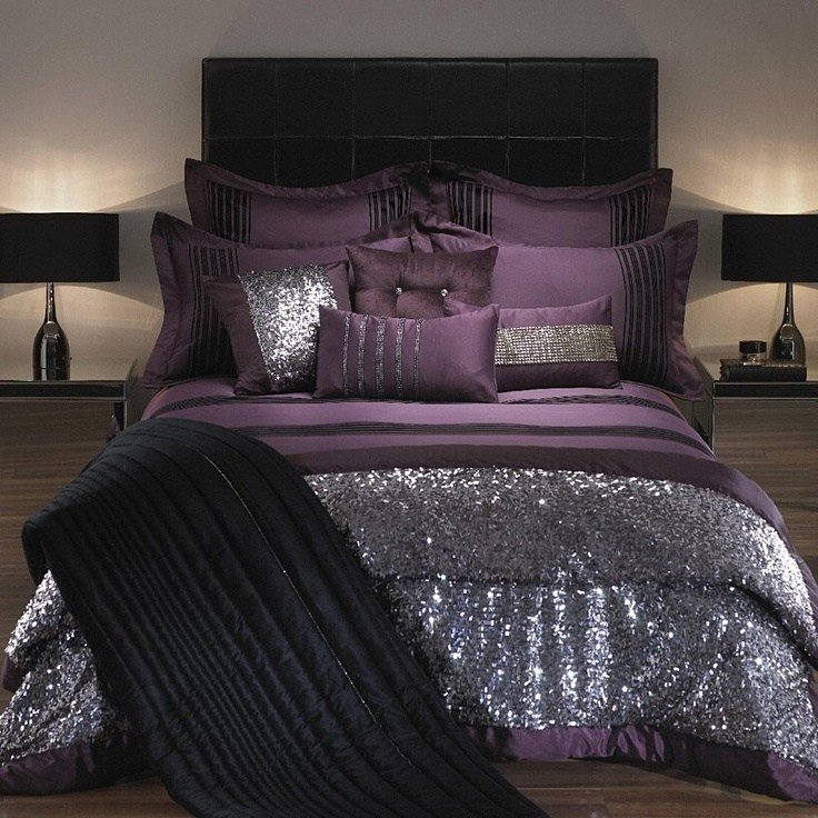 Best Adding Glam Touches 31 Sequin Home Decor Ideas Digsdigs With Pictures