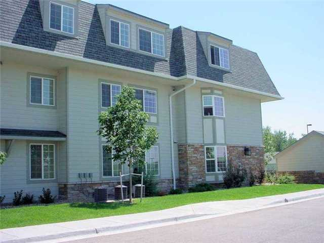 Best Pinewood Lodge Everyaptmapped Aurora Co Apartments With Pictures