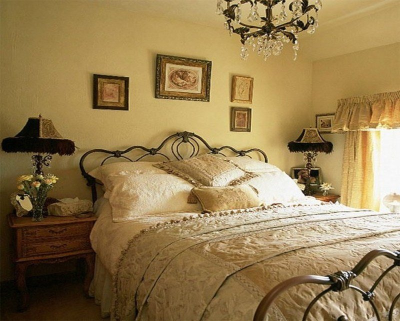 Best Vintage Decor Bedroom Vintage Country Bedroom Decorating With Pictures