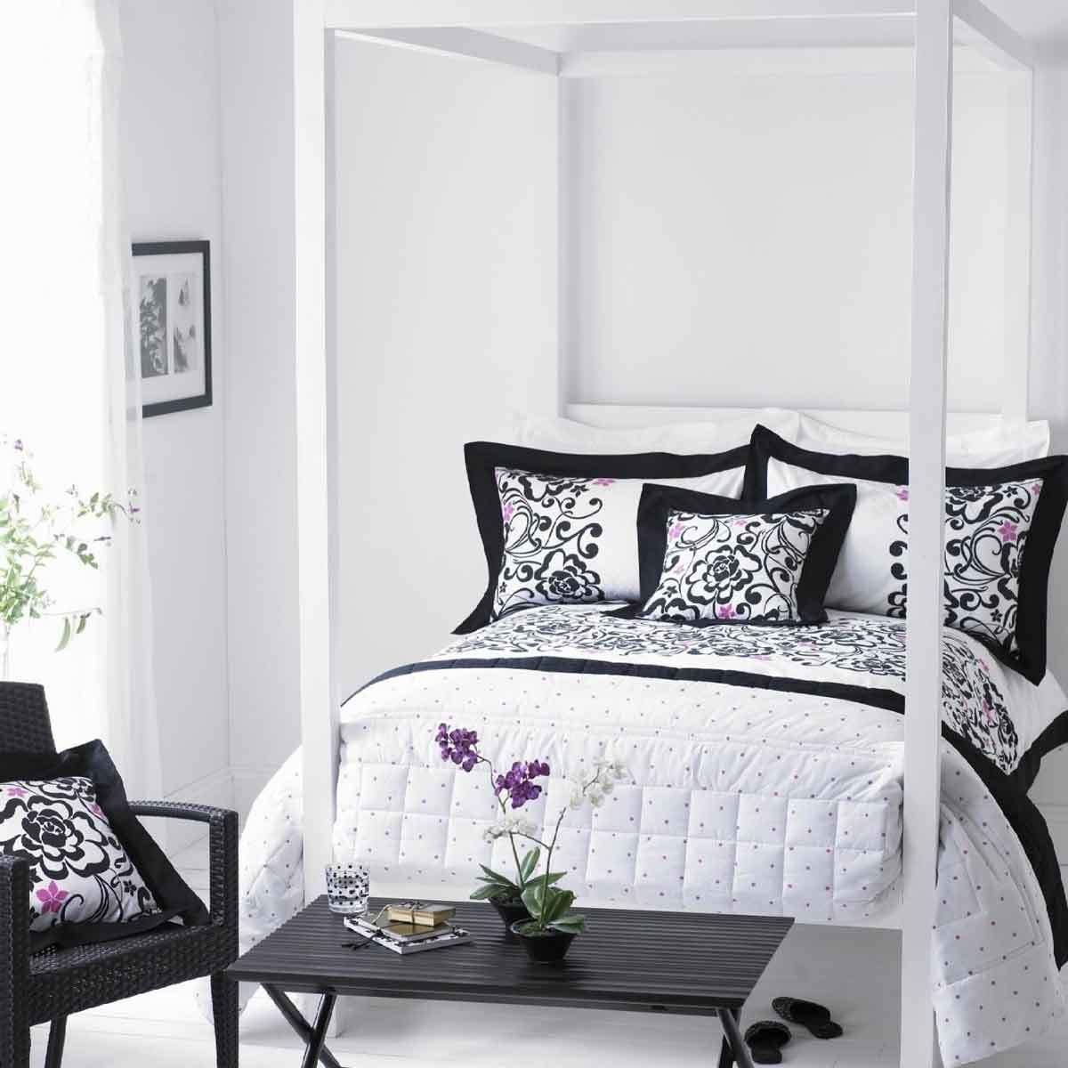 Best Bedroom Decorative Black And White Bedrooms For Teenage With Pictures