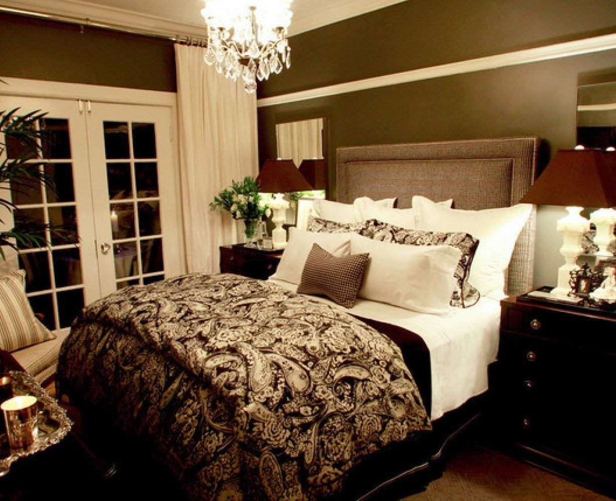Best New Ideas For The Bedroom Small Master Bedroom Decorating Ideas Attachment Small Master Bedroom With Pictures