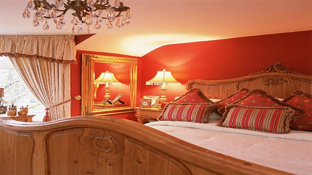 Best Pine Bedroom Ideas Red And Gold Bedroom Decorating Ideas Red Black And Gold Bedroom Bedroom With Pictures