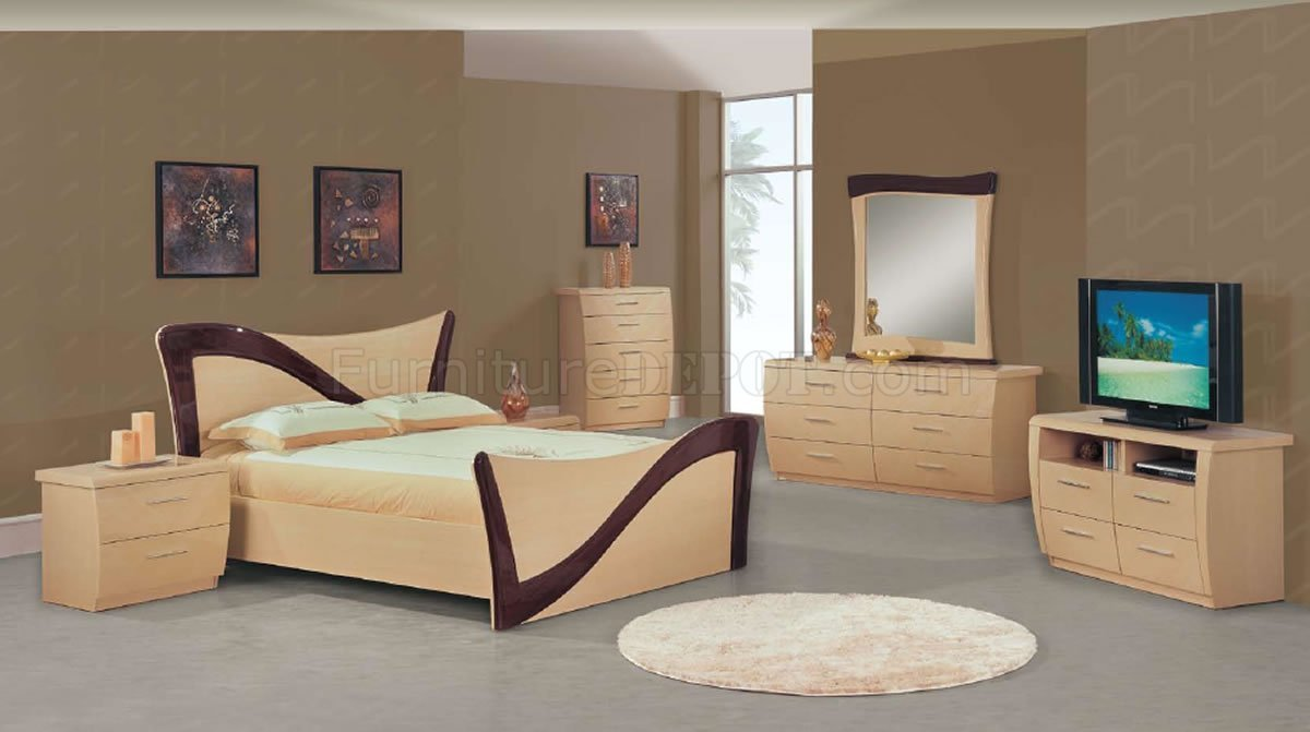 Best Two Tone Beige Dark Cherry Lacquer Finish Modern Bedroom Set With Pictures