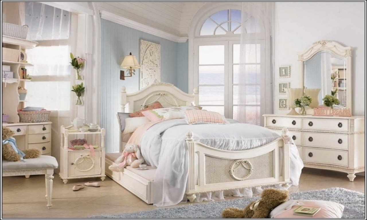 Best Cheap Garden Table And Chair Sets Shabby Chic Girls Bedroom Ideas Shabby Chic Teenage Girl Room With Pictures