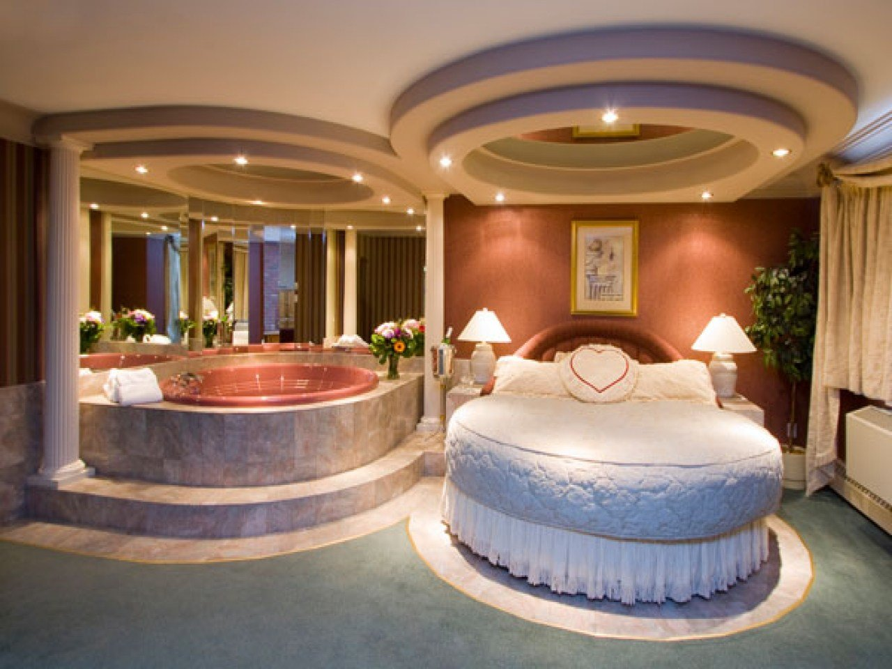 Best Hotel Bedroom Decor Romantic Bedroom With Hot Tub With Pictures
