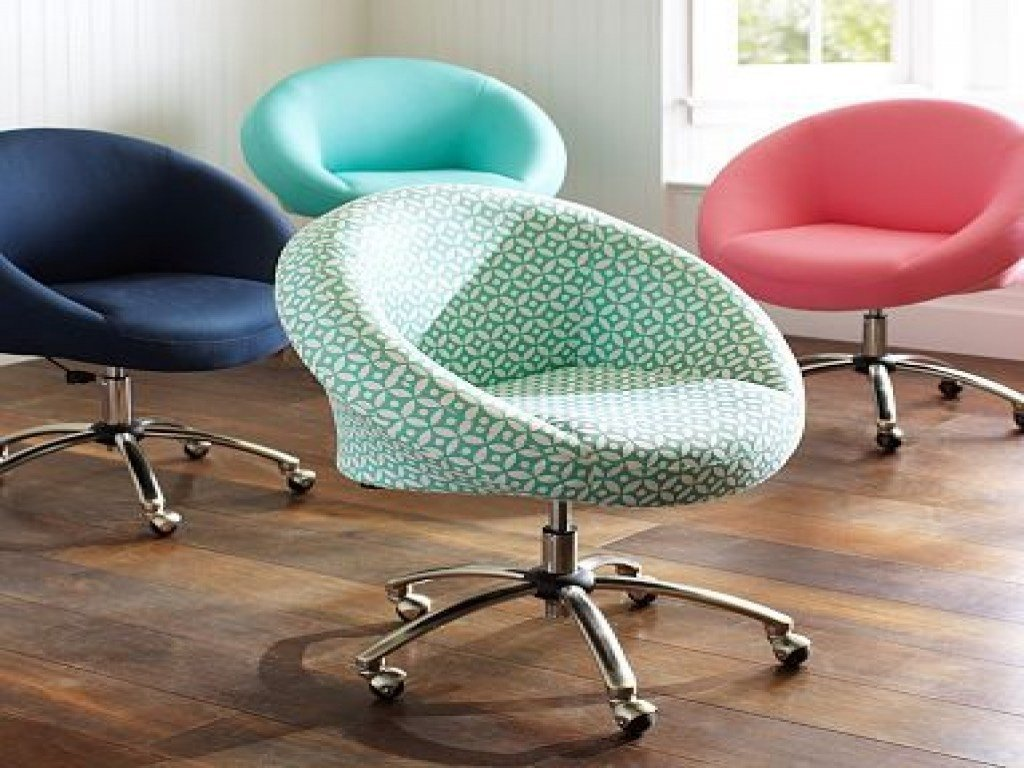 Best T**N Desk Chair Teens Desks Chairs For Bedroom Cool Desk With Pictures