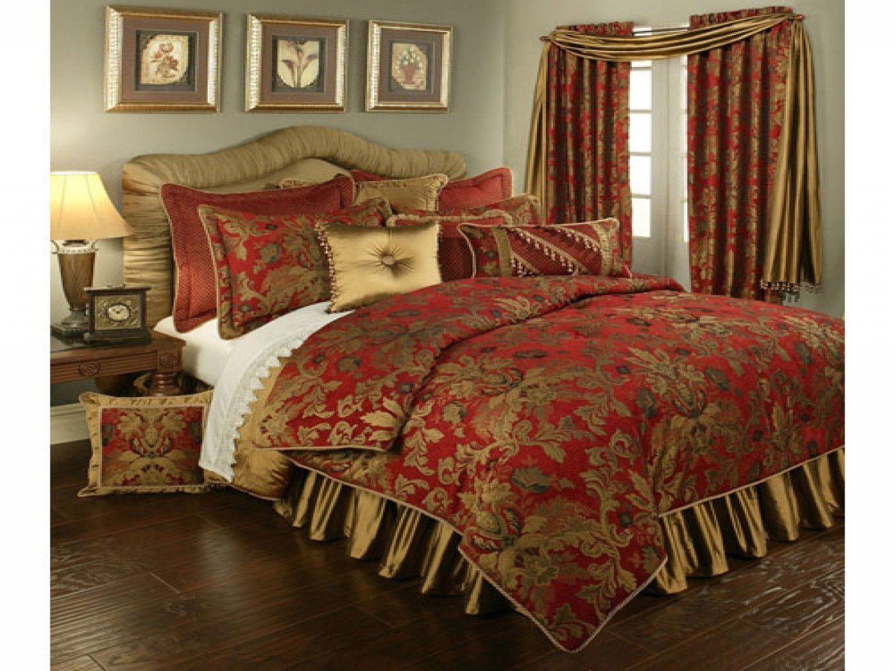 Best Red And Gold Bedroom Red And Gold Comforters King Red And With Pictures