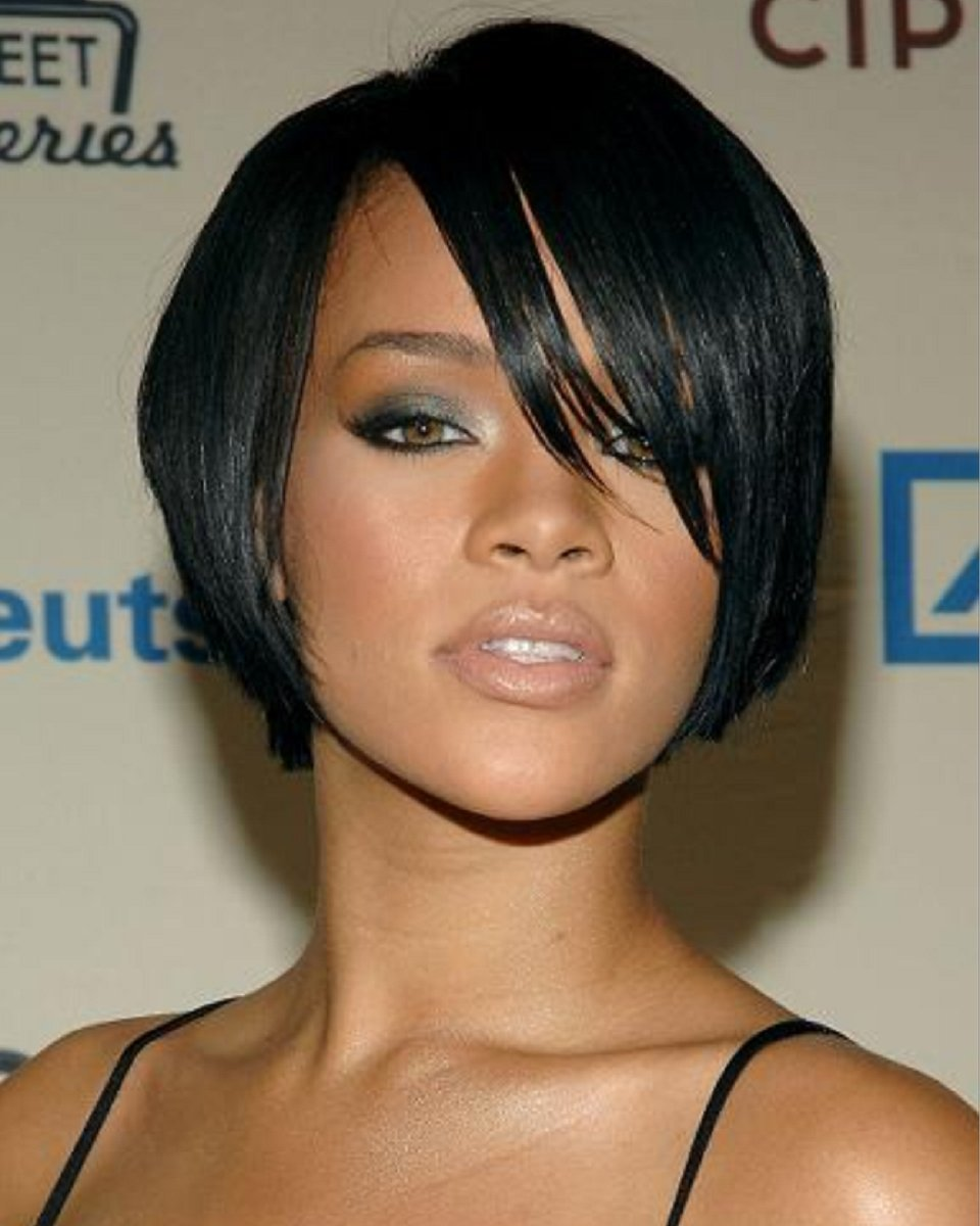 Free Rihanna 8 Inches Indian Remy Hair Lace Front Wig Wallpaper