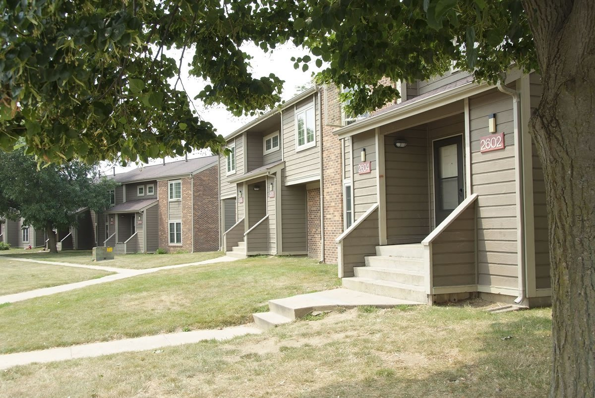 Best Countrybrook Apartments Champaign Il 1 2 And 3 Bedroom With Pictures