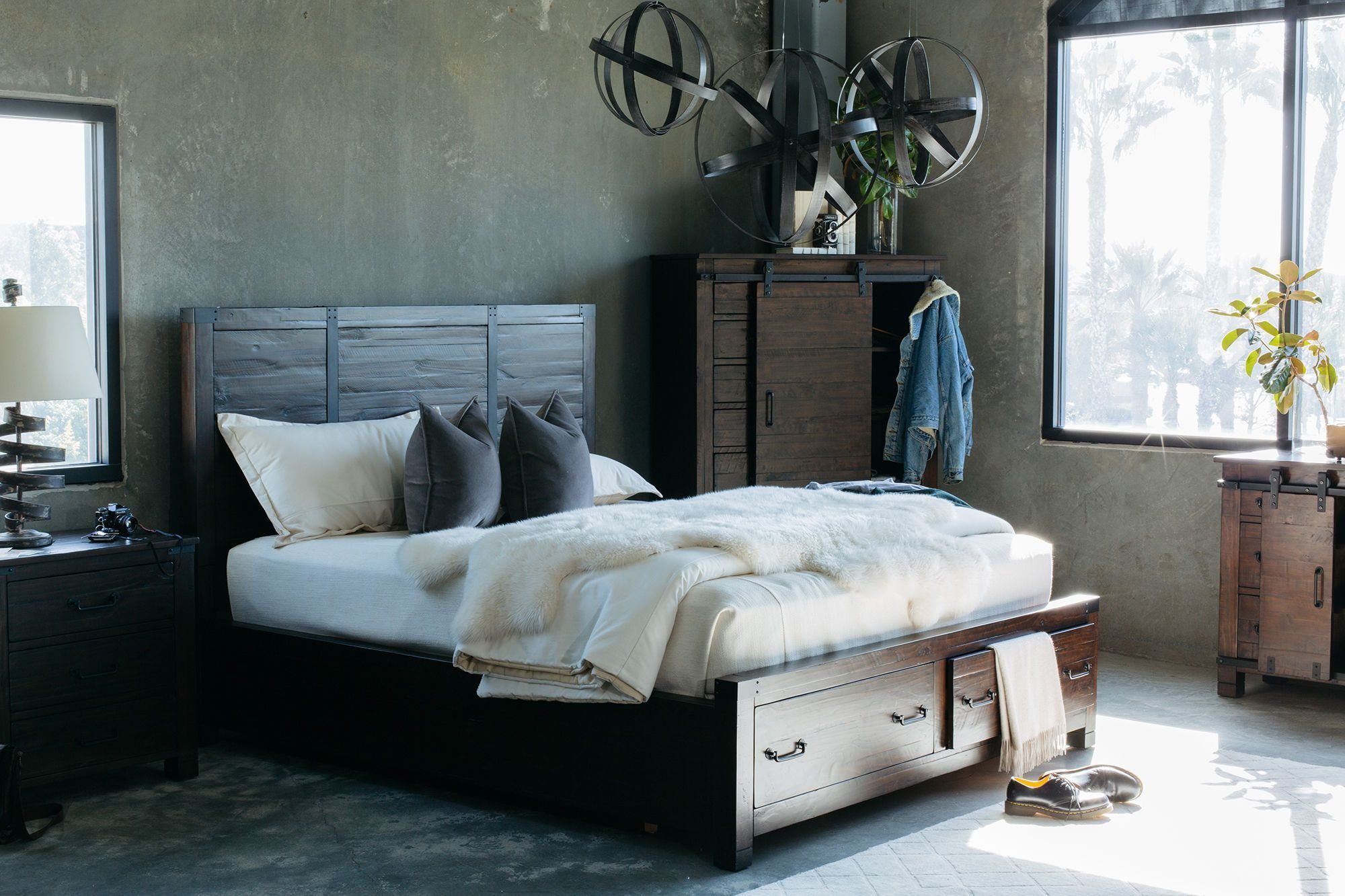 Best Four Piece Solid Wood Bedroom Set In Rustic Pine Mathis With Pictures